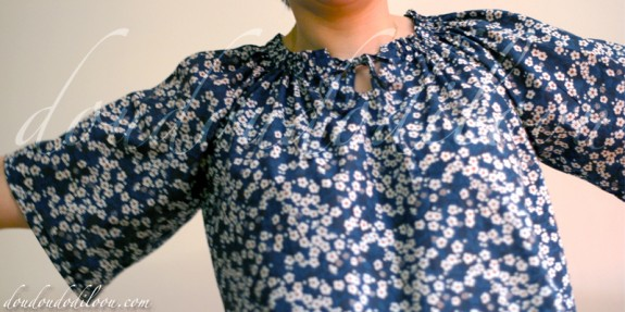 Carnets Coutures Ma Petite Garde-Robe Modèle P Tissu Liberty Mitsi doudoudodiloou détail